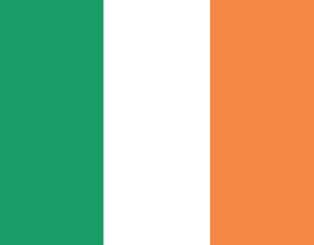 Pleated Ireland Flag - Maskcott