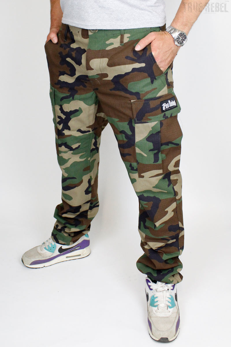 True Rebel Streetwear Pants Cargo Camouflage