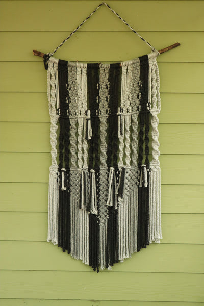 07 Macrame Wallhanging