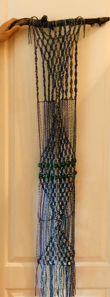 16 Macrame Wallhanging - long and skinny