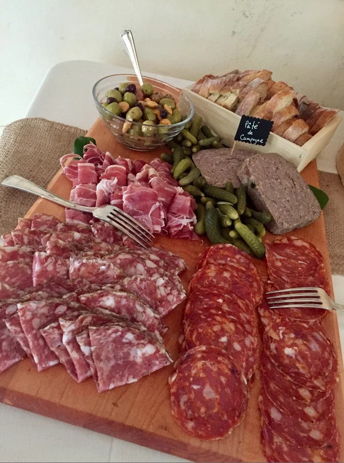 How to Build the Perfect Charcuterie Platter