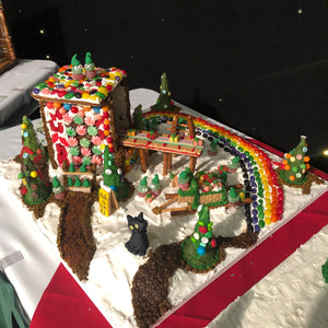 Freddie the Cat Visits the North Pole - Gingerbread Lane