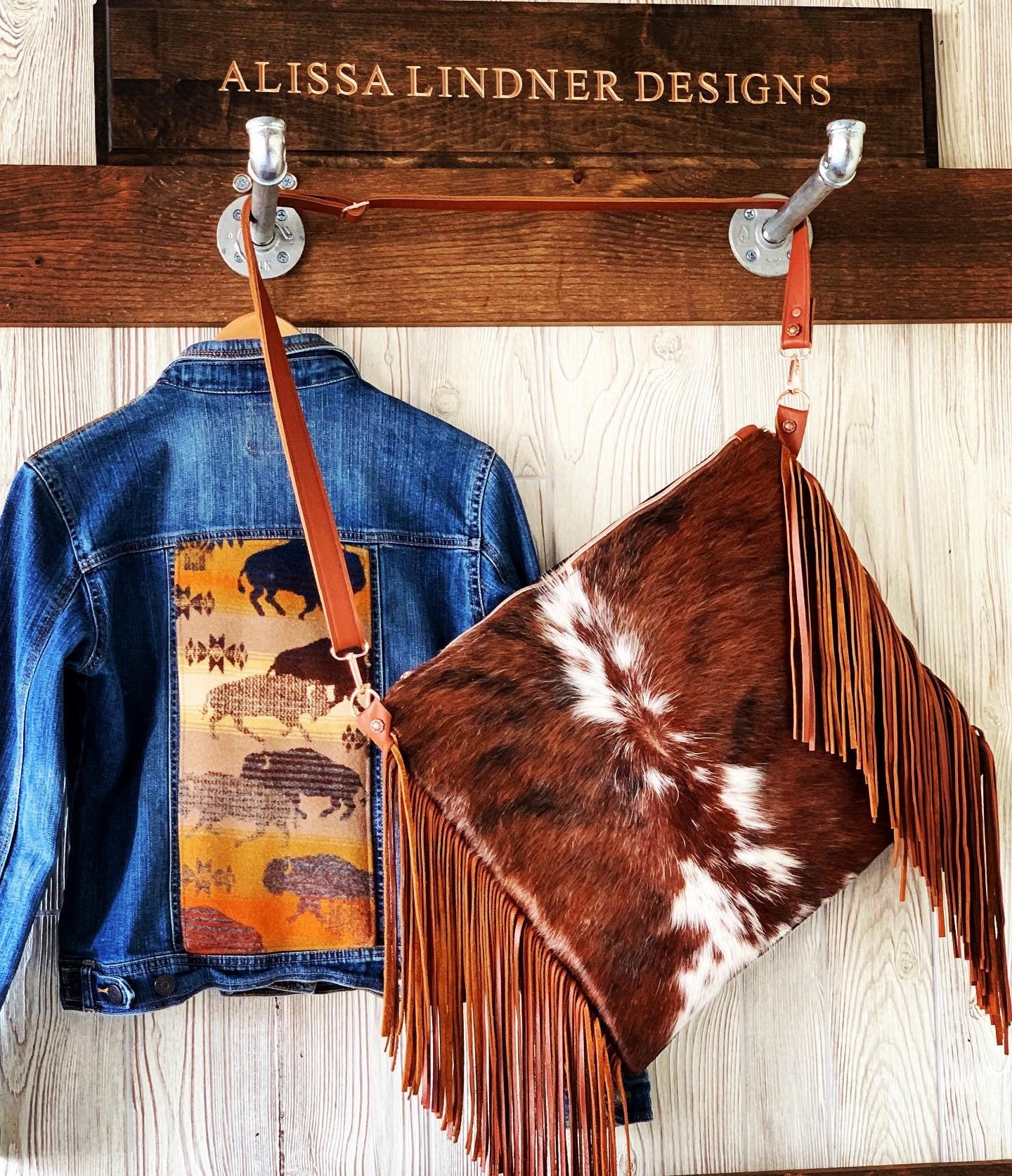 Cowhide and leather crossbody with Fringe