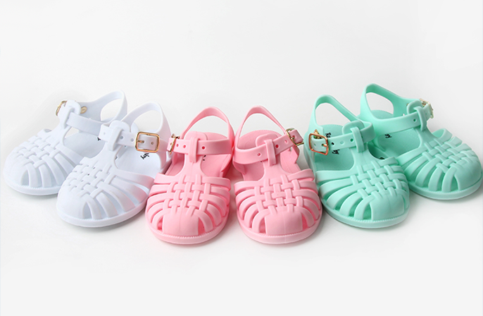 Rocketbaby-sandali-ragnetto-jelly-shoes