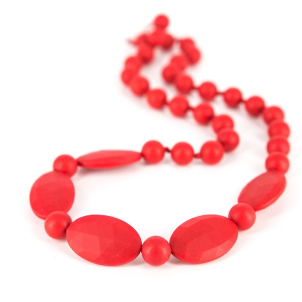 Collana da Mordere per Dentizione Licorice Scarlet Red | LOLLIPOPS AND MORE | RocketBaby.it