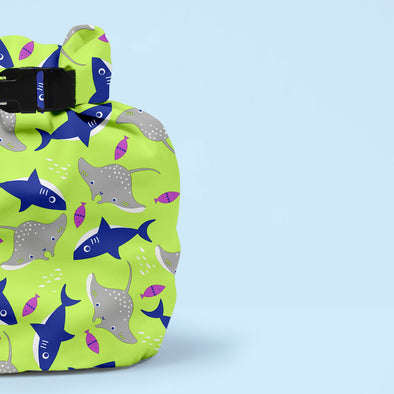 Wet Nappy Bag Portapannolini Neon | BAMBINO MIO | RocketBaby.it