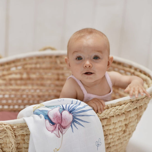 Swaddle in Bamboo Hibiscus | POOFI | RocketBaby.it