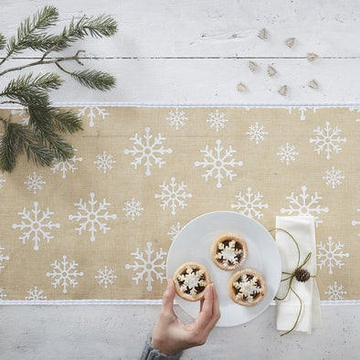 Tovaglia Runner Hessian Snowflakes | GINGER RAY | RocketBaby.it