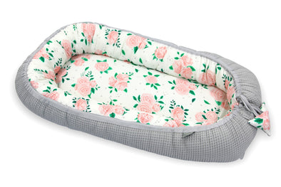 Riduttore per la Nanna in Bamboo e Cotone 0-6 Mesi Roses e Grey | TINY STAR | RocketBaby.it