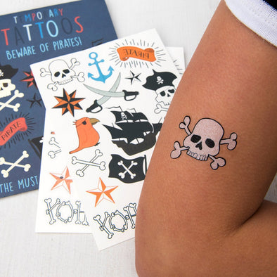 Set 2 Fogli Tatuaggi Temporanei Beware of the Pirates | REX LONDON | RocketBaby.it