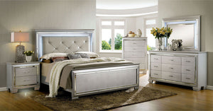 Bellanova - 5 Pc. Queen Bedroom Set w/ Chest - Silver