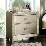 Loraine - 4 Pc. Queen Bedroom Set - Champagne