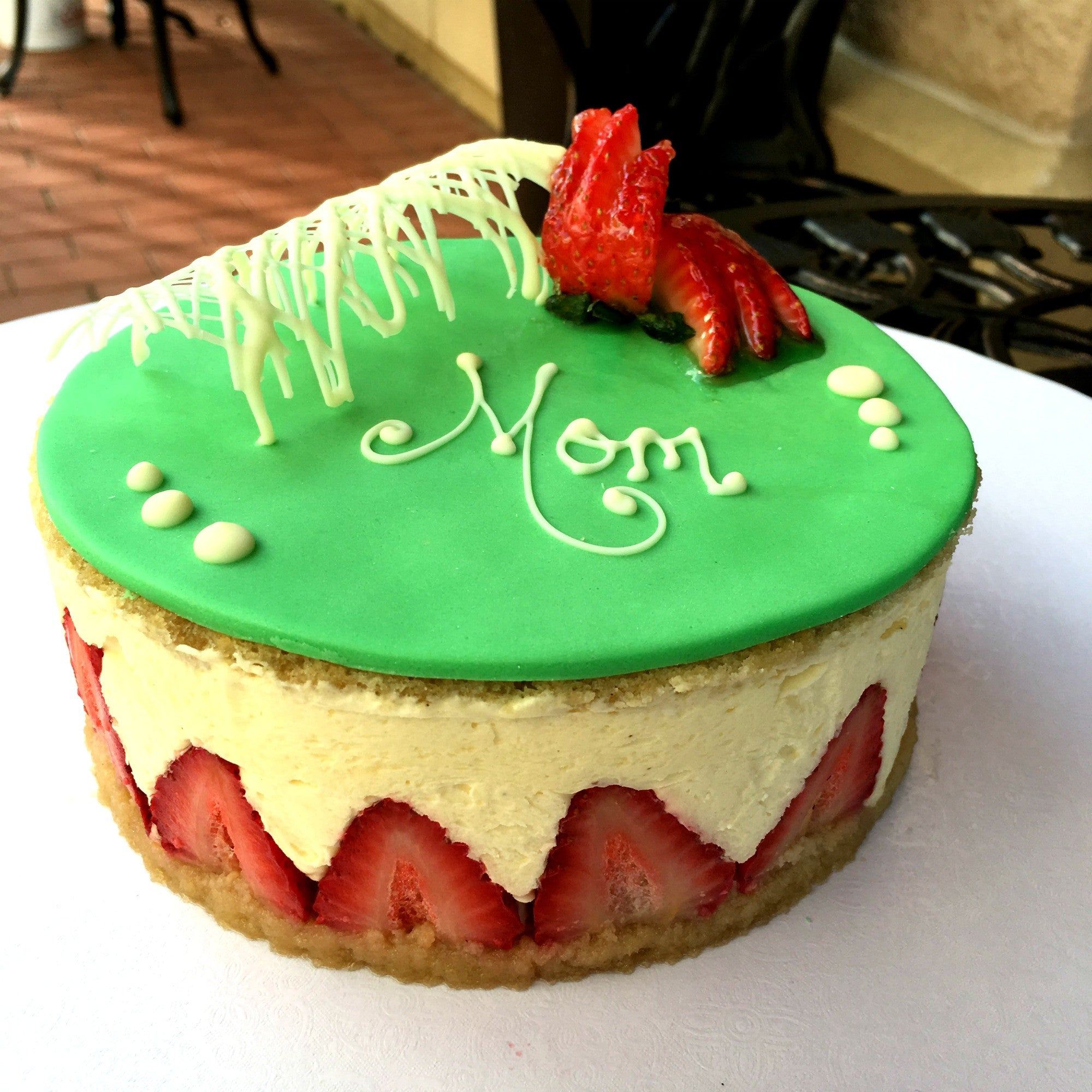 Fraisier - Strawberry Mousse Cake FC