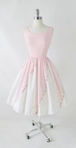 Vintage 50's Pink & White Embroidered Flower Fit & Flair Party Dress S