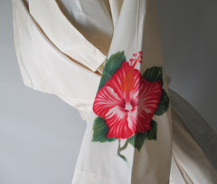 Vintage 40's 50's Rare White Taffeta Hand Painted Hawaiian Robe Dressing Gown - Bombshell Bettys Vintage