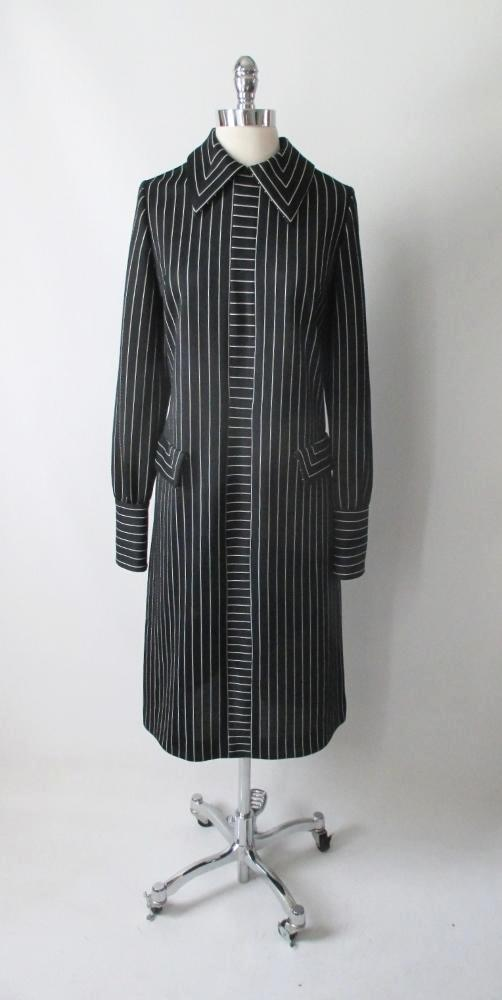 vintage 60's 70's mod gothic black white Addams stripe mod Herman Marcus shift tea dress bombshell bettys vintage