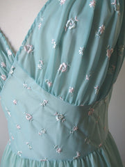 • Vintage 50's Teal Embroidered Flowers Full Length Night Gown S - Bombshell Bettys Vintage