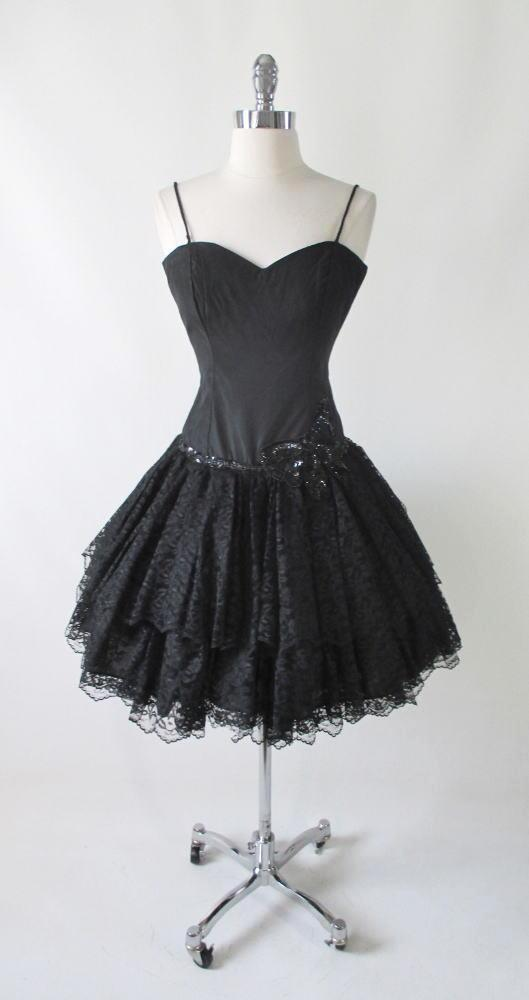 vintage 80's black lace sweetheart full skirt 50's insp party evening mini dress bombshell bettys vintage