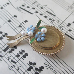 Vintage Krementz Hat Flower and Pearl Brooch Pin - Bombshell Bettys Vintage