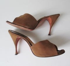 Vintage 60's Cocoa Suede Springolator Heels Shoes 8 / 8.5 M - Bombshell Bettys Vintage