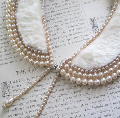 Vintage 50's White Fur & Pearl Collar Necklace