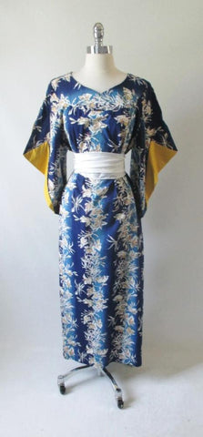 Vintage 50's Hawaiian Batwing Sleeve Mumu Dress Gown