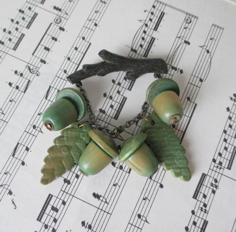 Vintage 40's / 50's Celluloid Green Wood Acorn Brooch Pin