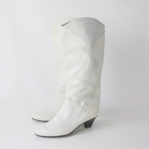 Vintage 80's Charles David White Slouch Boots 9