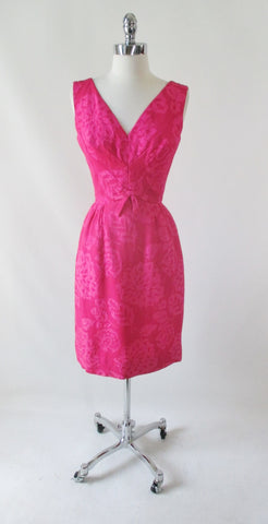 Vintage 50's 60's Pink Floral Matelassé Sheath Party Dress S