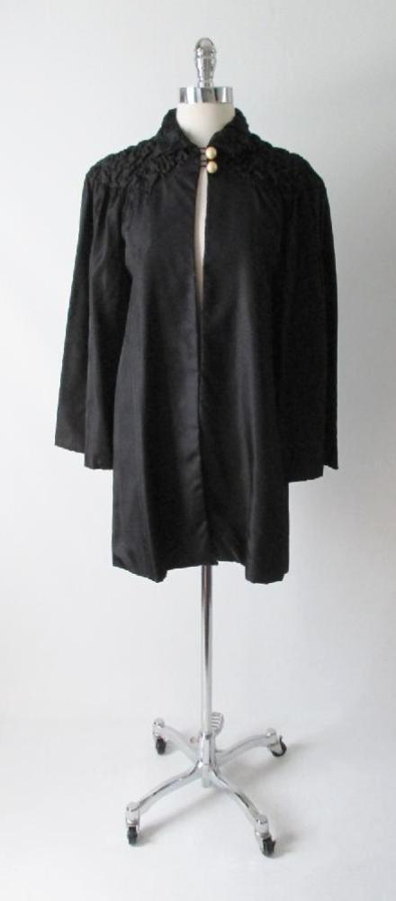Vintage 30's 20's Quilted Black Taffeta & Pearl Deco Evening Box Bed Jacket Robe S / M - Bombshell Bettys Vintage