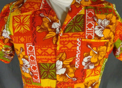 Vintage Unbranded Red Orange & White Cotton Bark Cloth Tribal Hibiscus Hawaiian Shirt - 44 detail
