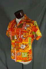 Vintage Unbranded Red Orange & White Cotton Bark Cloth Tribal Hibiscus Hawaiian Shirt - 44 profile
