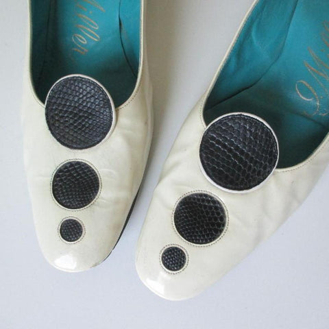 Vintage 60's MOD Black Polka Dot White Patent Heels Shoes 9