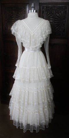 Vintage Gunne Sax White Romantic Renaissance Victorian Antique Lace Wedding Dress Gown