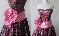 vintage 80's metallic pink black bow lace full skirt 50's style tea party strapless dress bombshell bettys vintage bodice