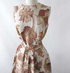 Vintage 60's autumn leaves tapestry canvas A-Line shift dress bombshell bettys vintage belt