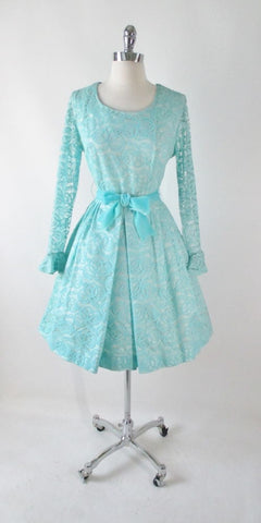 Vintage 60's Tiffany Blue Lace Special Occasion Party Dress L