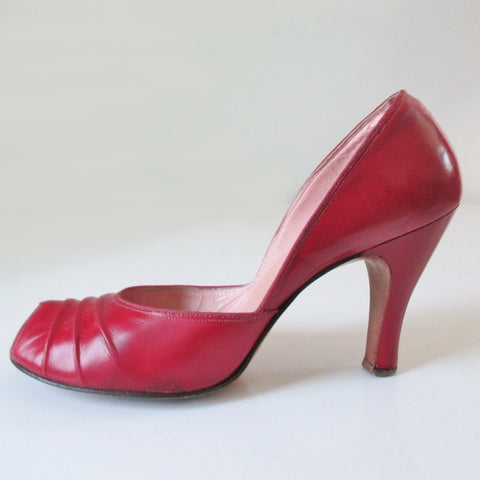Vintage Red 50's Peep Toe Heels Shoes 8