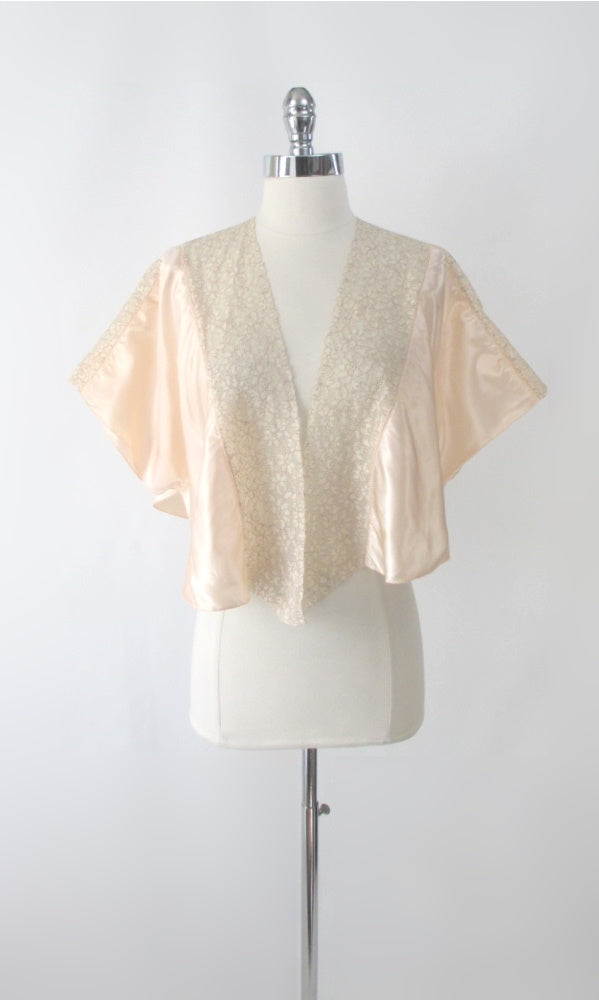 Vintage 30s 40s Angel Sleeve Peach Satin Bed Jacket One Size