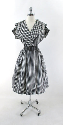 Vintage 50s Black White Shawl Collar Full Skirt Day Dress M