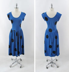 vintage 80s 50 inspired blue big black polka dot  swing skirt jersey day dress bombshell bettys vintage full