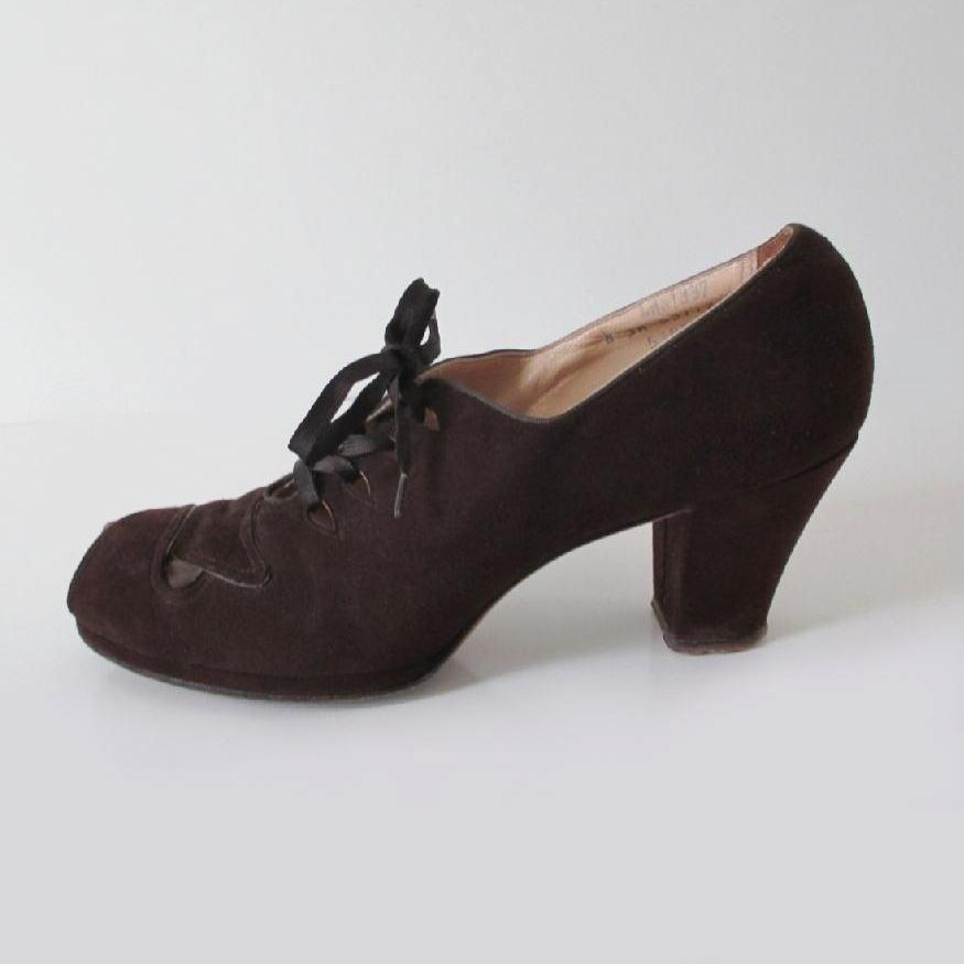 Vintage 30's 40's Brown Suede Lace Up Peep Toe Heels Shoes 8 - Bombshell Bettys Vintage