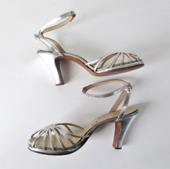 Vintage 40s Strappy Silver Platform Heels Shoes 8 - Bombshell Bettys Vintage