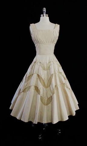 • Vintage 50's Champaign Golden Cut-Out Embroidered Leaves Party Dress S