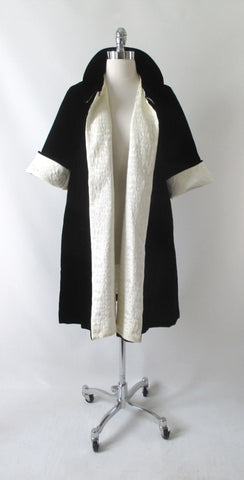 Vintage 50's Black & White Reversible Velvet Evening Swing Coat M
