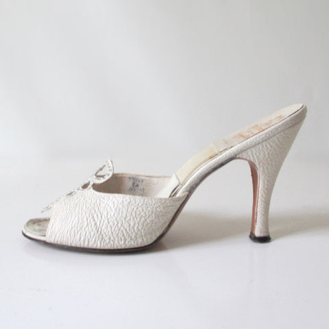 Vintage 50s White Springolator Heels Shoes 8