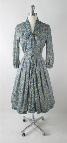 Vintage 50s Blue Yellow Flower Stroller Day Dress M
