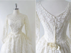 vintage 50's 60's lace wedding ivory white full skirt gown bombshell bettys vintage rosette