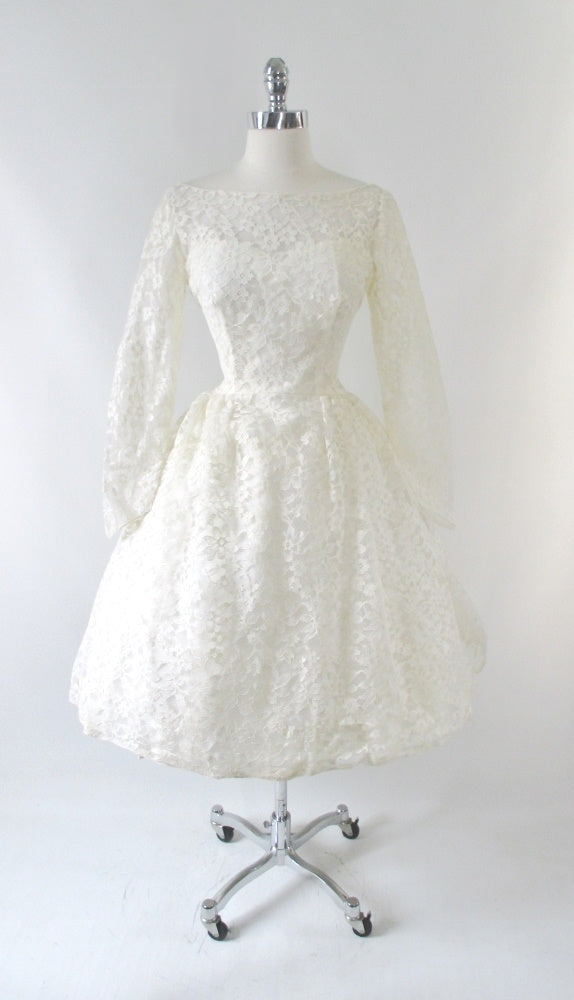 vintage 50's 60's lace wedding ivory white full skirt gown bombshell bettys vintage gallery