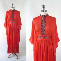 Vintage 60's Orange Batwing Caftan / Robe One Size • As Found - Bombshell Bettys Vintage